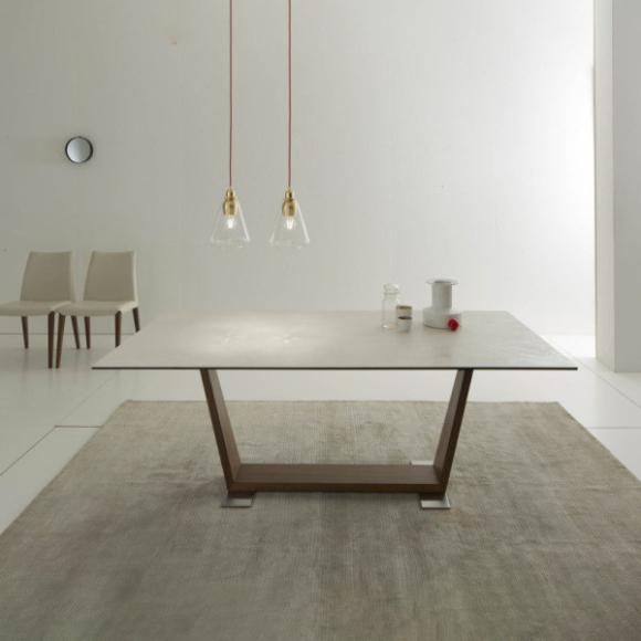 Oblique bővíthető étkezőasztal 200-300cm